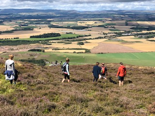 IMG_hill walkers